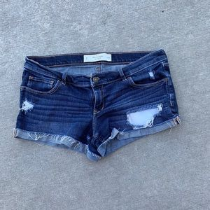 Abercrombie size 8 destroyed jean shorts